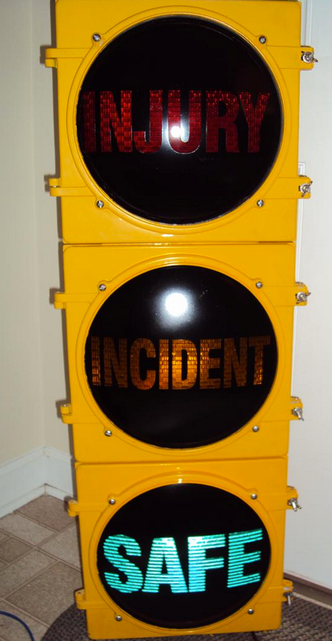 12__Custom_Lens_Traffic_Light_with_4_Position_Switch